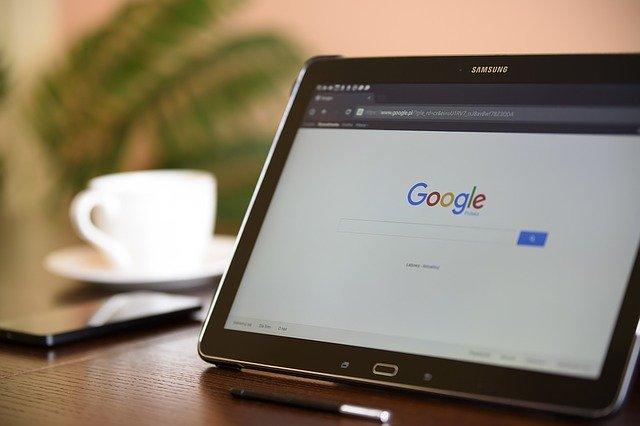 Tablet, vyhledávač, technologie